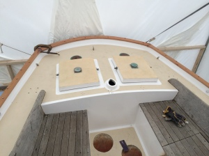 Stern view of the toe rail